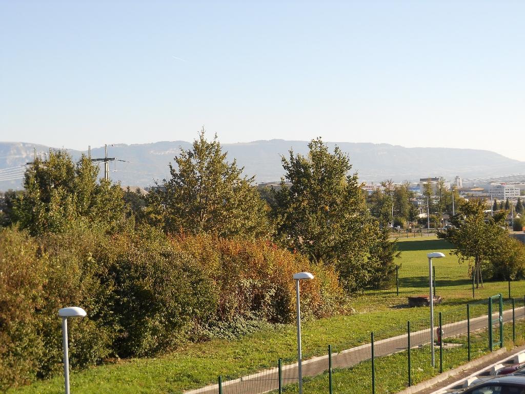 vica-2012-156